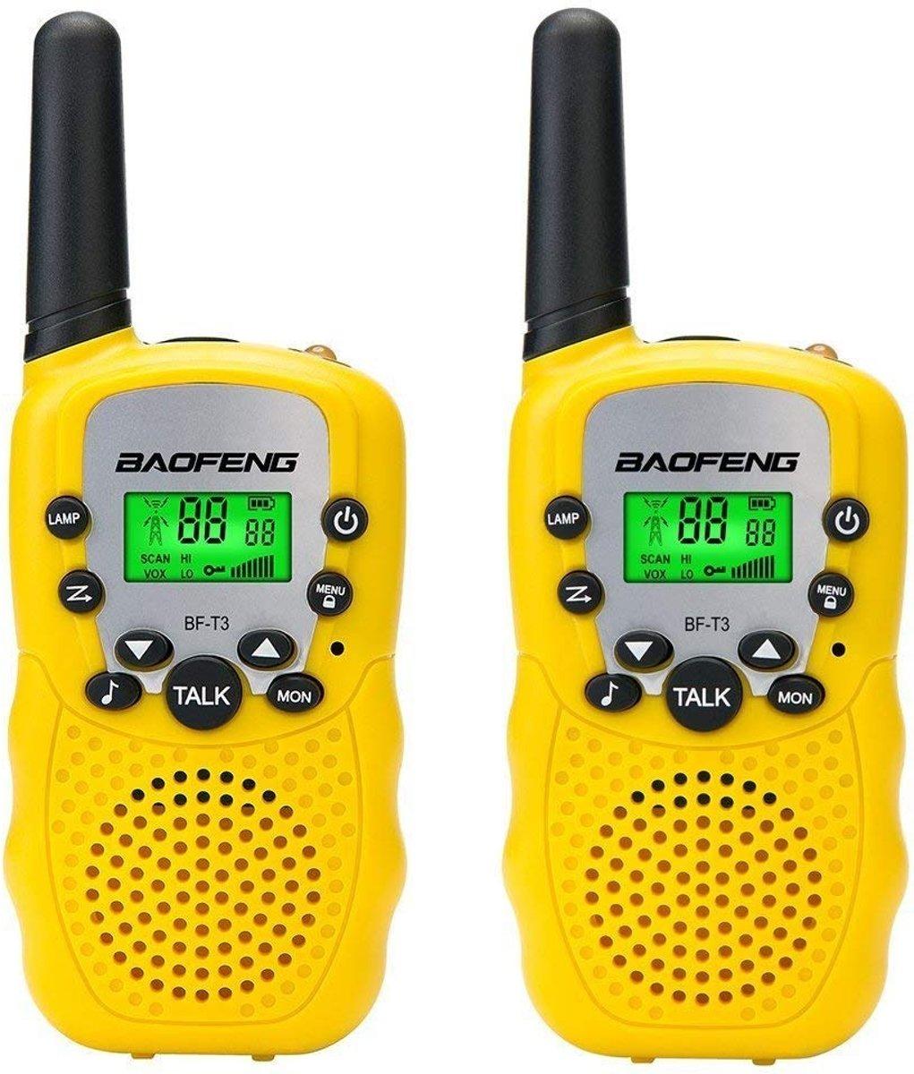 Set van 2 gele kinder walkie talkies (incl. 8 batterijen)