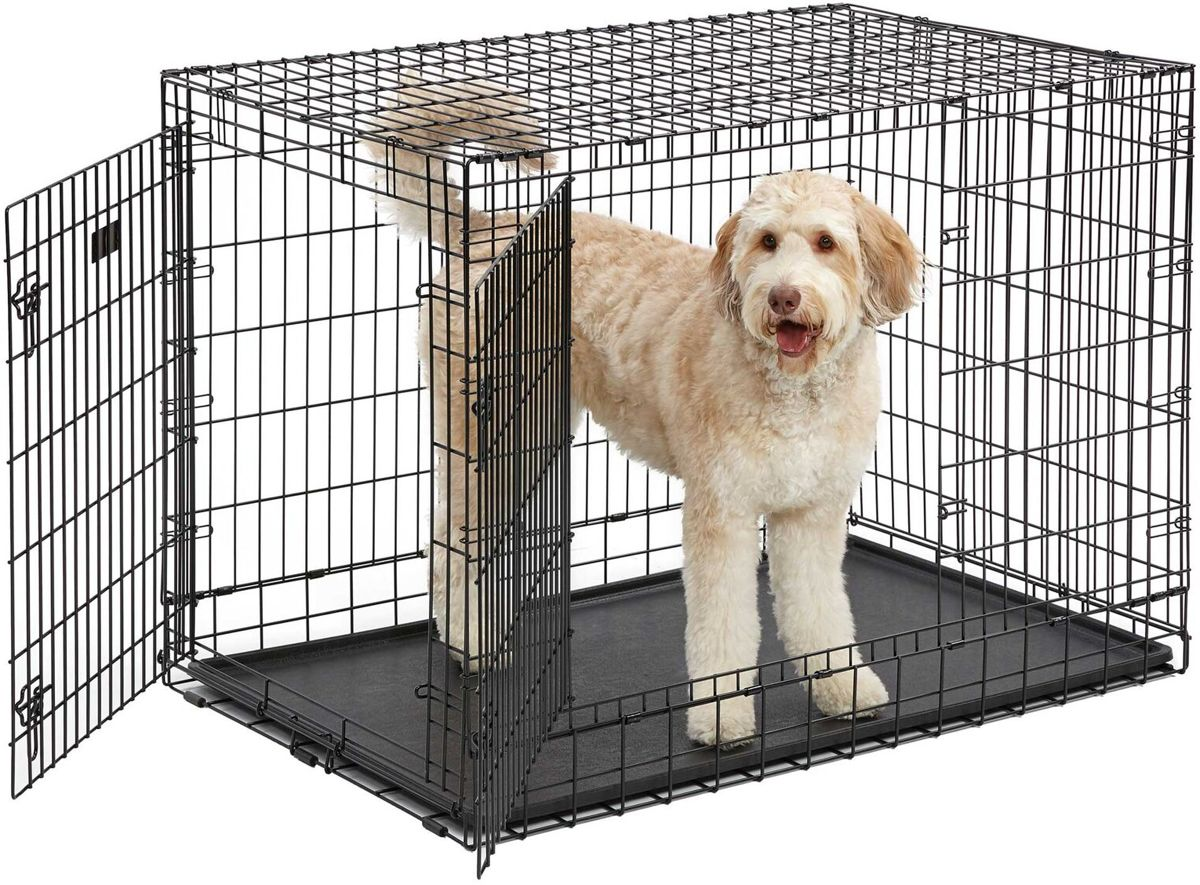 A Merk hondenbench 121x76x82cm met gratis vetbed!