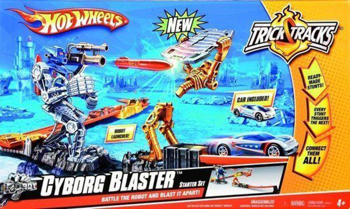 Hot Wheels Cyborg Blaster Stunt Set