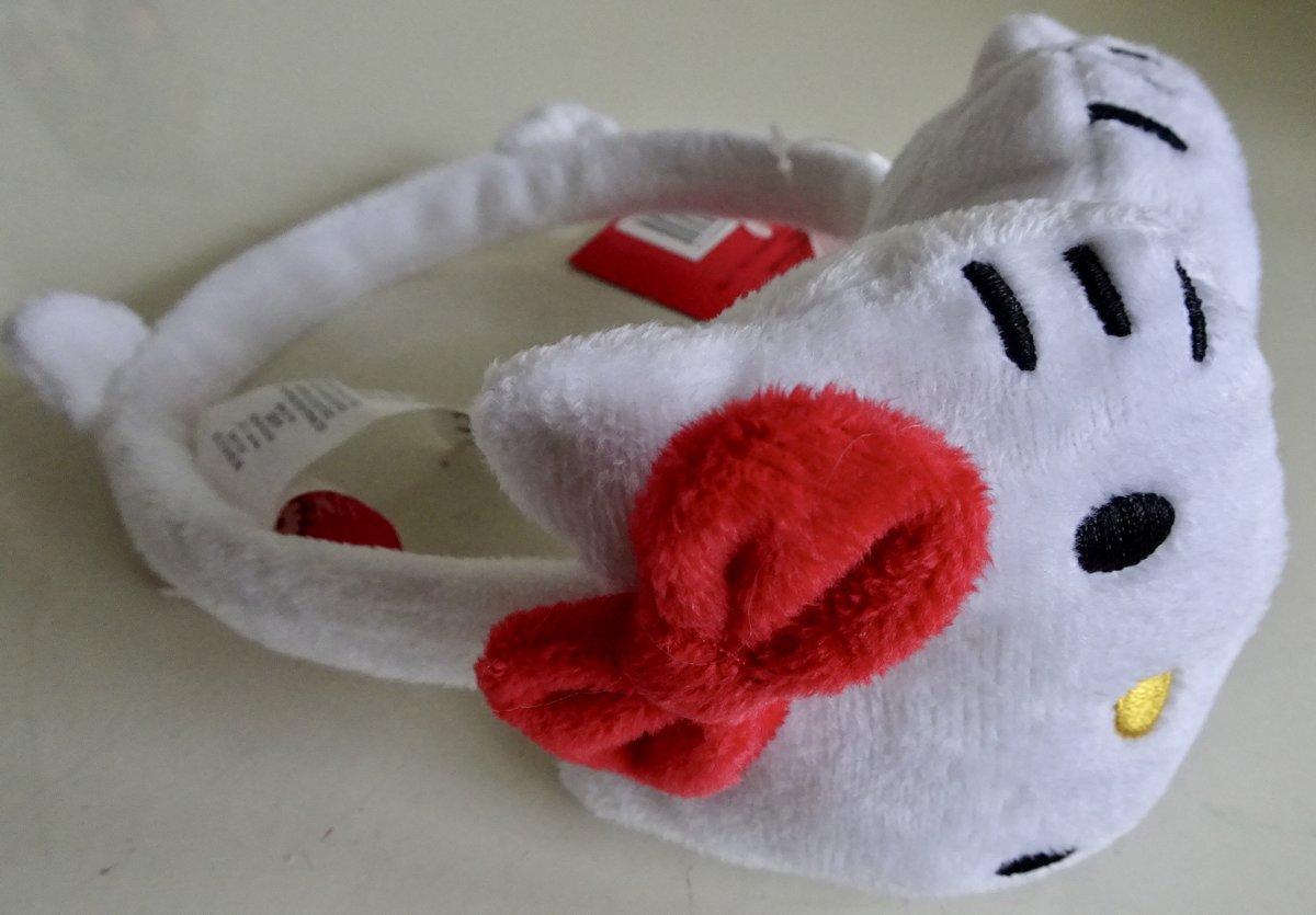 Witte oorwarmers van Hello Kitty, oortjes